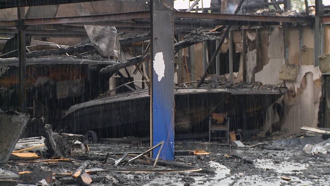 Bootswerft am Zürichsee abgebrannt