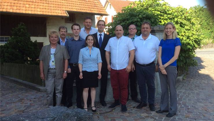 Von links: Doris Iten, Fritz Briner, Pascal Knecht, Christian Locher, Tonja Kaufmann, Patrick von Niederhäusern, Dominik Riner, Daniel Geissmann, Martin Wernli, Maya Meier (es fehlt Werner Rupp).