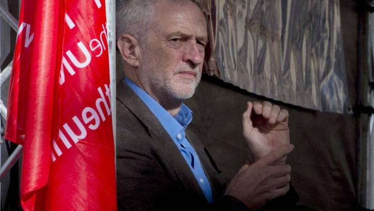 Labour-Chef Jeremy Corbyn hat da noch ein paar Bedingungen, bevor die Opposition den Brexit-Antrag unterstützt. (Archivbild)