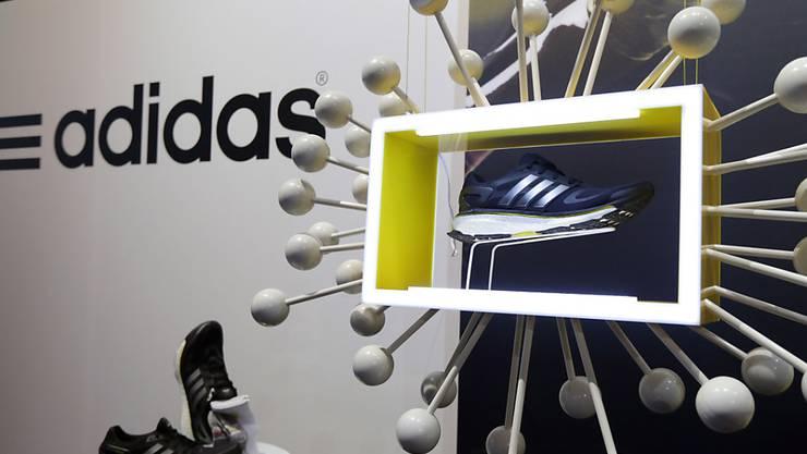Europa Schwächelt In Wirtschaft Gewinnprognose Erhöht Adidas XZTPiOuk