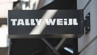 Angestellte der Modekette Tally Weijl dürfen künftig selber entscheiden, ob sie ihren Lohn in Franken oder in Euro erhalten.