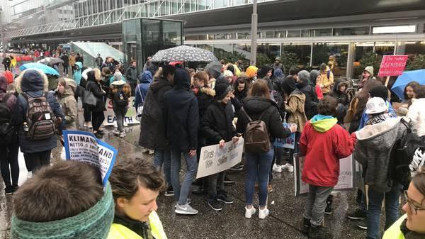 So waren die Klimastreiks in Aarau und Baden