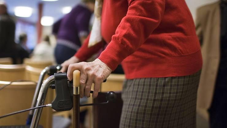 Vorsorgefragen interessieren besonders Seniorinnen und Senioren, wie sich an der Infoveranstaltung zeigte. (Symbolbild)