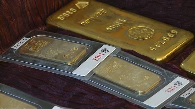 Goldübergabe an Gemeinde Klingnau