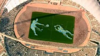 Wenn es nach dem Bewerbungsvideo geht, dann bekommt Katar die WM 2022 - hier die spektakuläre Kurzversion