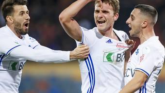 Lucas Pos lässt sich in seinem ersten Spiel für Lausanne als Torschütze feiern