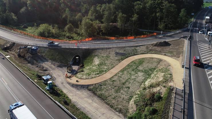 So sieht die neue Autobahnauffahrt seit Donnerstag aus.