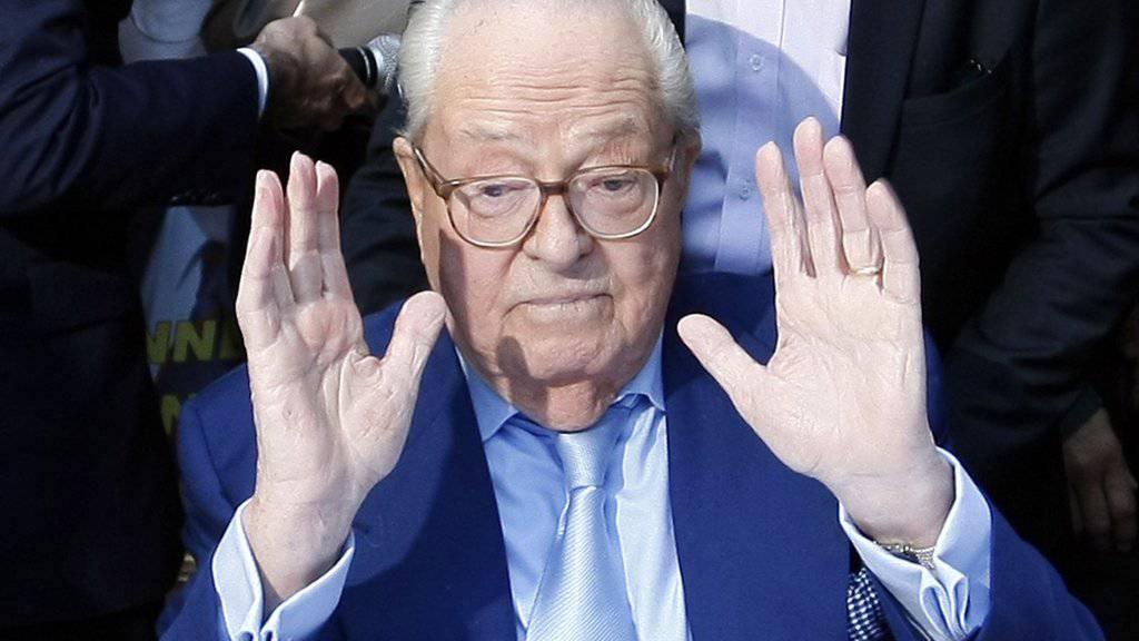 Jean-Marie Le Pen wurde erneut schuldig gesprochen, Verbrechen gegen die Menschlichkeit geleugnet zu haben. (Archivbild)