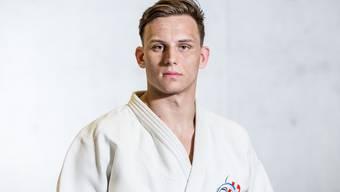 Mit 25 Jahren wird er zum ersten Mal Schweizer Meister.