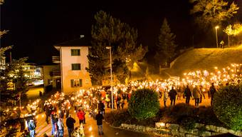 Im November 2016 fand eine Mahnwache gegen eine Asylunterkunft im ehemaligen Gasthof Waldeck statt.Archiv Louis Hartl