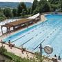 Rund 100000 Besucher pro Jahr: Das Hallen- und Gartenbad in Obersiggenthal.