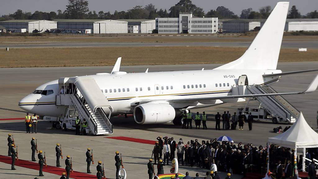 Leichnam von Mugabe in Simbabwe angekommen