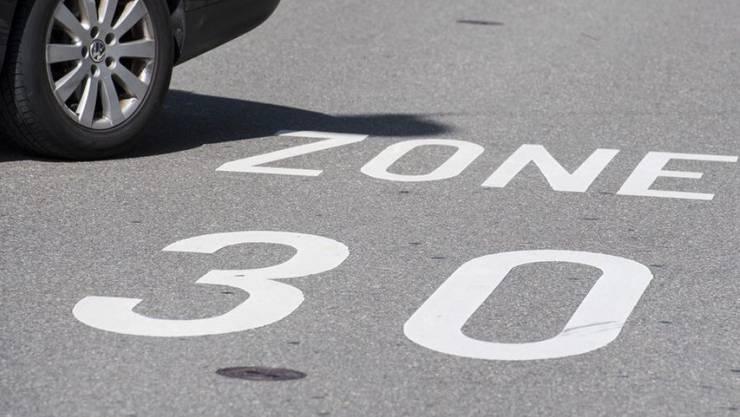 Tempo-30-Zonen wären gemäss VCS das einfachste Mittel, um die Lärmbelastungen zu verringern.