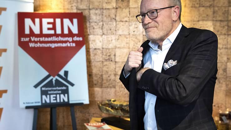 """Hauseigentümer-Präsident Hans Egloff ist zufrieden. Das Stimmvolk hat die Initiative """"Mehr bezahlbare Wohnungen"""" klar abgelehnt."""
