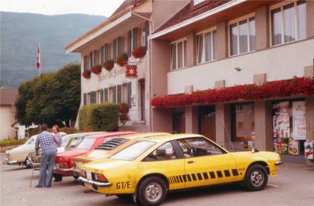 Ein Bild aus alten Tagen: Die Coop-Filiale im Gebäude des «Sternen» um 1988. zvg