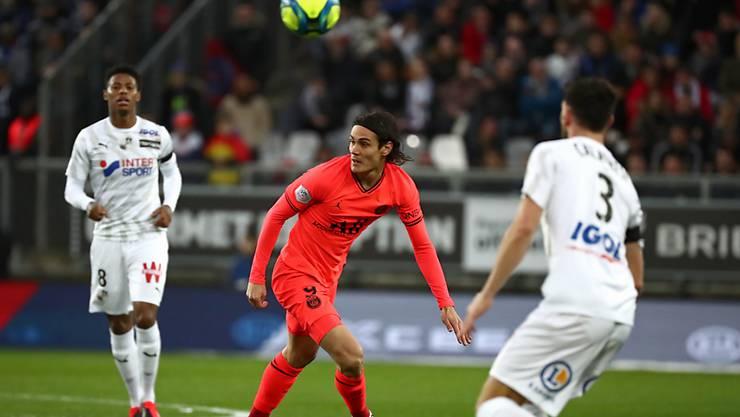 Edinson Cavani verpasste kurz vor dem 4:4 den fünften Pariser Treffer