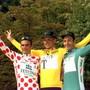 Jan Ullrich lässt sich am Ende der Tour de France 1997 in Paris im Gelben Trikot feiern