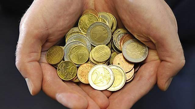 EU-Kommissin will vollere Kassen (Symbolbild)