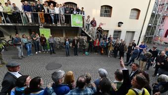 Die Grünen jubeln nach den Landratswahlen Ende März 2019.