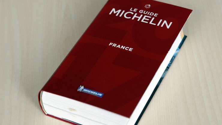 Der Guide Michelin gilt in der Welt der Gastronomie als Institution. Er wird inzwischen in rund zwei dutzend Ländern aufgelegt. (Archiv)