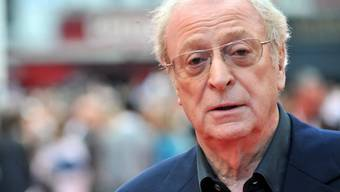 Sir Michael Caine - stolzer Besitzer von zwei Oscars