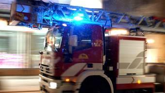 Die Feuerwehr konnte das Feuer löschen. (Symbolbild)