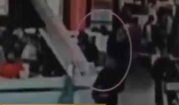 Überwachungsvideo zeigt die letzten Momente von Kim Jong Nam am Flughafen in Kuala Lumpur