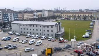 Heute befindet sich die Polizei auf dem Kasernenareal, das soll sich aber ändern. .JPG