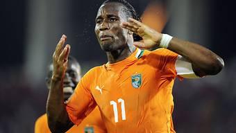 Didier Drogba als Doppeltorschütze für die Elfenbeinküste.