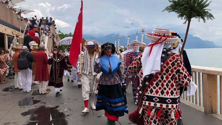 Am Zentralschweizer Tag an der Fête des Vignerons nahmen auch Nüssler aus Schwyz teil.