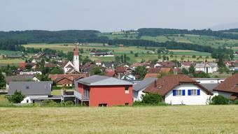 Nach Ansicht des Gemeinderates muss die Gemeinde Auw eine aktive Rolle im Landhandel übernehmen. (es)