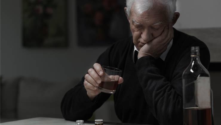 Beim Beratungszentrum Baden liegen knapp die Hälfte aller Therapien im Bereich Alkohol, ein grosser Teil der Betroffenen ist pensioniert (Symbolbild).