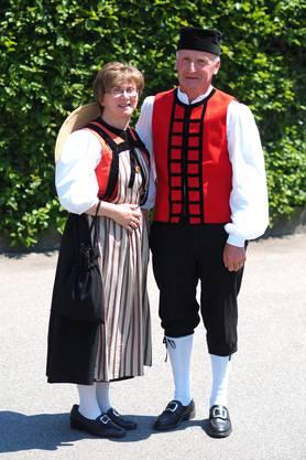 Sie und Er: Senseflüe-Tracht (Freiburg)