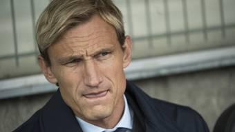 Der finnische Hüne Sami Hyypiä konnte bis jetzt als Trainer noch keine Akzente setzen.