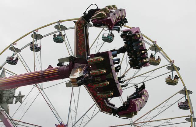 Der Lunapark sorgt jeweils für Unterhaltung