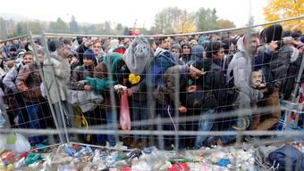 Österreich will die Einreise von Flüchtlingen mit einem Zaun besser steuern können. reuters