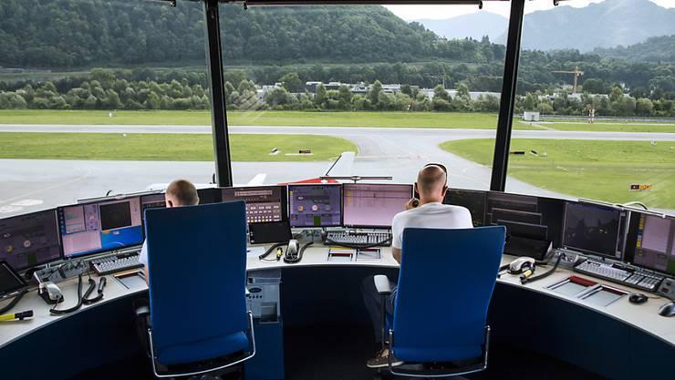 Blick aus dem Tower am Flughafen Lugano-Agno. (Archivbild)