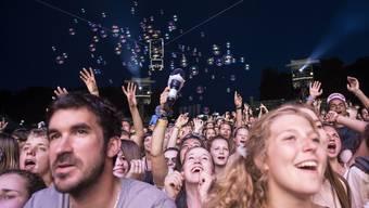 Neuer Besucherrekord und Beinahe-Geburt am Gurtenfestival 2014