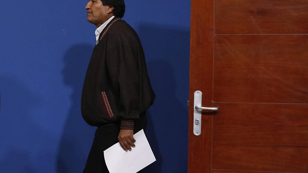 Nachfolge ungewiss nach Rücktritt von Boliviens Präsident Morales