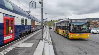 In den Bussen in der Region sitzen immer häufiger Chauffeure aus Deutschland am Steuer. Sandra Ardizzone