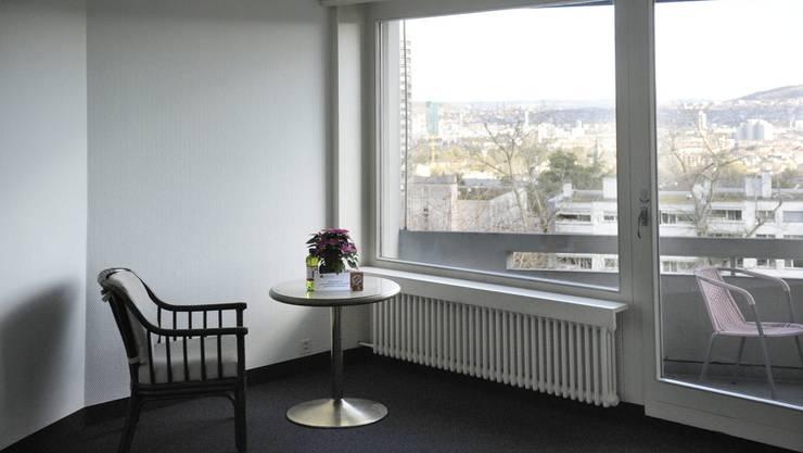 Günstiger Wohnraum – wie hier im ehemaligen Nobelhotel Atlantis – ist in Zürich Mangelware.