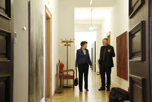 Die bisherigen und im 1. Wahlgang gewählten Regierungsräte Esther Gassler und Peter Gomm