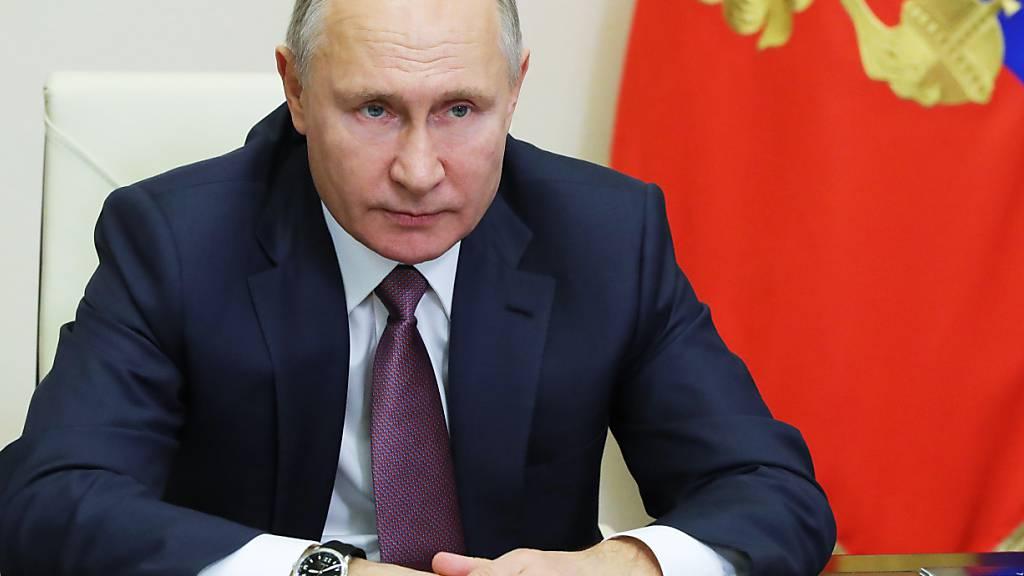 Putin in Neujahrsrede: Kampf gegen Corona «hört keine Minute auf»