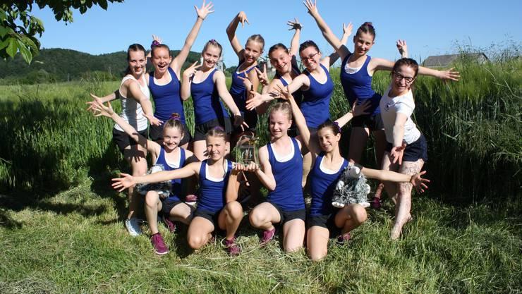 Die Turnerinnen des Team Aerobic Jugend vom TV Lenzburg zeigten einen sensationellen ersten Wettkampf in der ersten Saisonhälfte 2019.