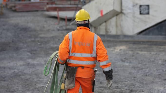 Weniger Leute am Arbeitsplatz bedeutet automatisch mehr Abstand und ein geringeres Ansteckungsrisiko.