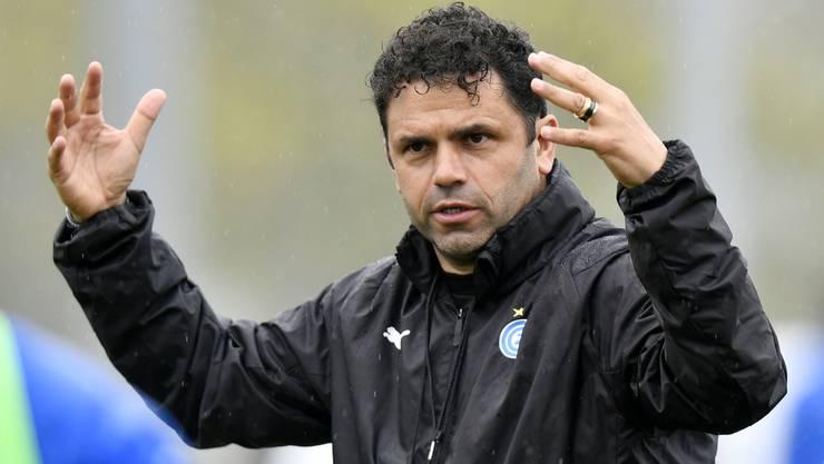 Am Dienstag vorgestellt, am Mittwoch bereits auf dem Trainingsplatz: Der neue alte GC-Trainer Uli Forte.