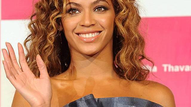 Schüchternes Lächeln: Beyoncé Knowles