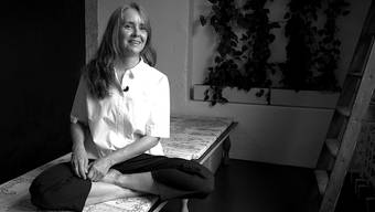 Stefanie Amrein, Yoga-Lehrerin, zuhause in Nussbaumen.