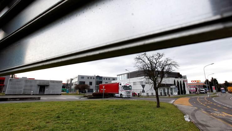 Die Tankstelle ist auch künftig von Gerlafingen her via Hauptstrasse erreichbar.