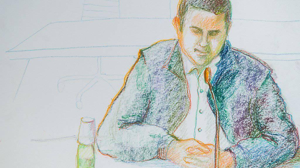 Bis auf Weiteres ohne Bewährungshilfe in Freiheit: Der 26-jährige verurteilte IS-Sympathisant während des Prozesses in Bellinzona.